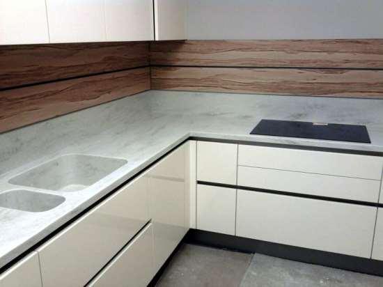 Основные преимущества кухонных столешниц из искусственного камня