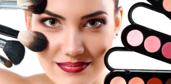 01dekorativnaya-professionalnaya-kosmetika