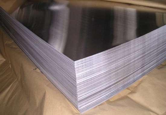 Нержавеющие листы и анодированный алюминий: технические параметры и особенности эксплуатации