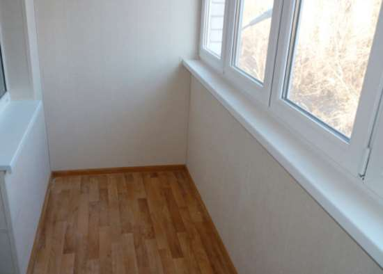 Ремонт пол на балкон