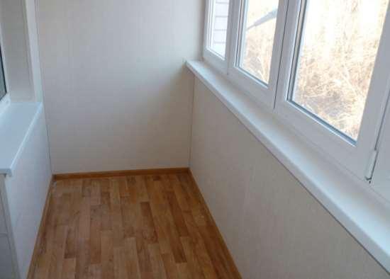 linoleum-na-balkone