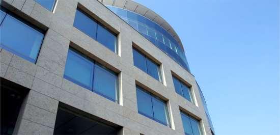 Безупречный вентилируемый фасад: как правильно проводить монтаж?
