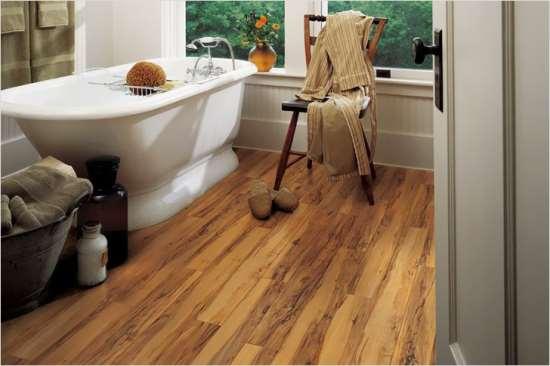 Идеальный пол для ванной комнаты. Выбираем между влагостойким и водостойким ламинатом
