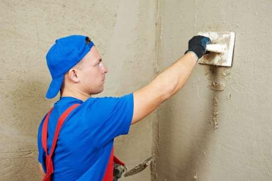Какую штукатурку выбрать для достижения максимального эффекта от выравнивания стен?
