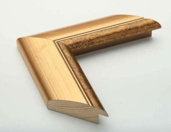 Особенности и эксплуатационные преимущества деревянных багетов