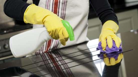 Пять преимуществ клининговых услуг по уборке квартир