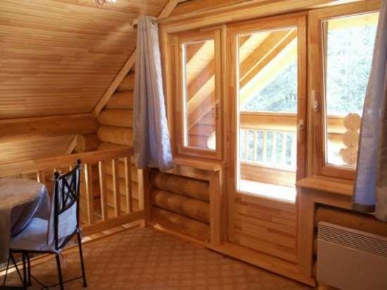 Двери из массива или деревянные окна в киеве от бережа.