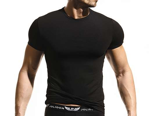 Мужские футболки – цвет имеет большое значение