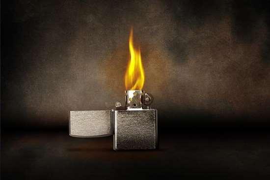 Новая идея для подарка - зажигалка Zippo