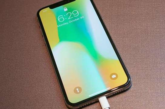 iPhone X – абсолютный лидер среди смартфонов не имеющий равных