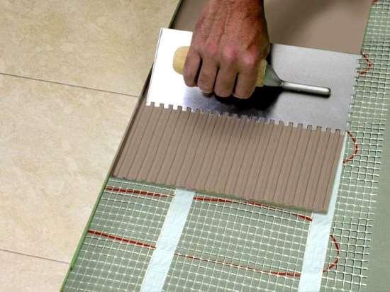 Клеевые смеси для плитки, их разновидности и достоинства