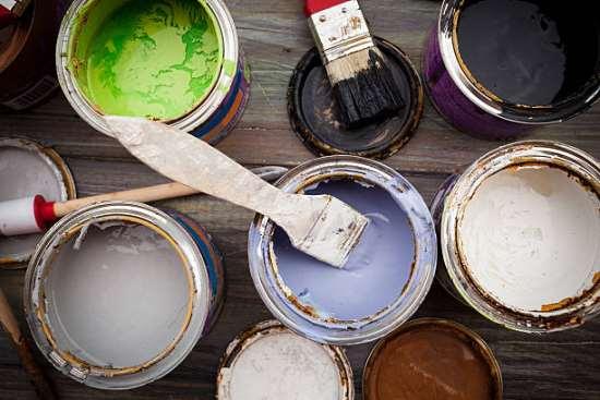 Особенности хороших красок для стен и потолков