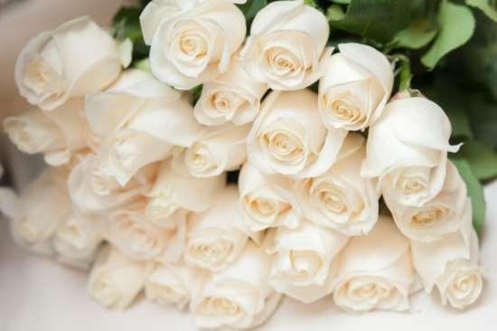 Роскошные и оригинальные букеты роз