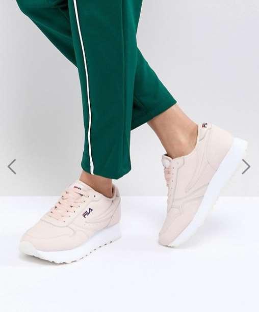 Где купить стильную и качественную женскую обувь