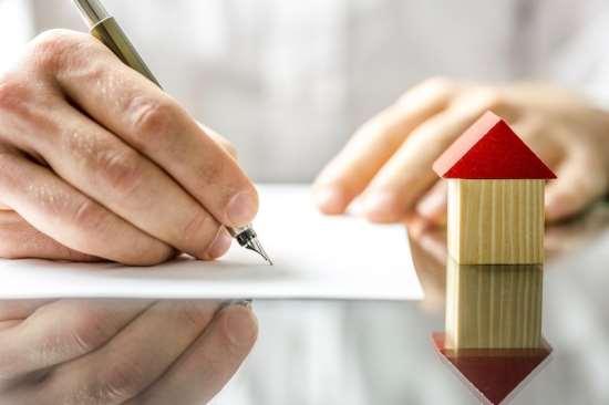 Профессиональный риэлтор поможет закрыть сделку с покупкой квартиры
