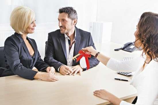Безопасная сделка по покупке квартире с помощью специалистов