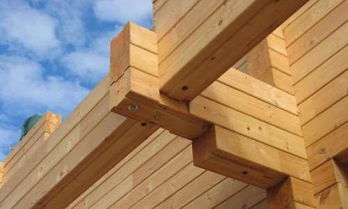 Качественный строительный деревянный брус