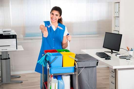 Почему офисы должны убирать профессионалы