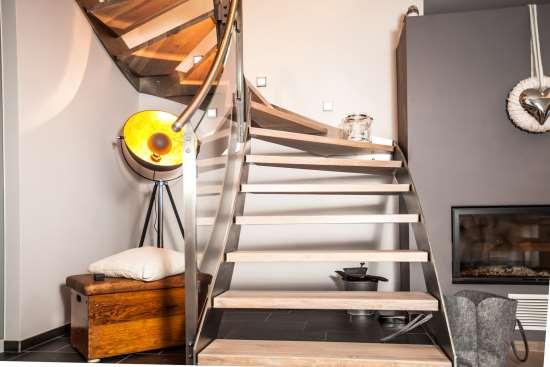 Разновидности и особенности конструкции винтовых лестниц