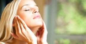 Как правильно ухаживать за кожей лица осенью?