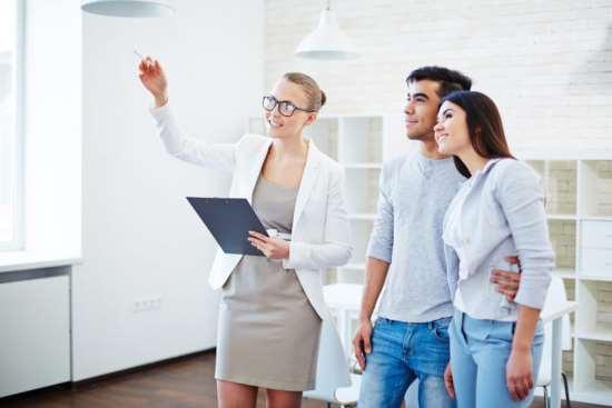 Почему арендовать квартиры стоит только через агентство по недвижимости?