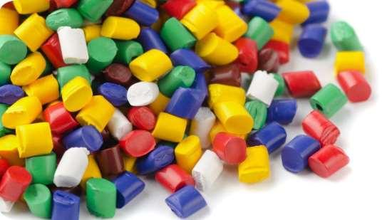Характеристики, влияющие на стоимость литья пластмасс под давлением