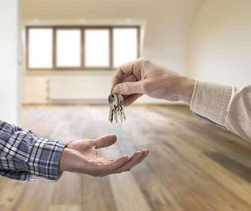 Покупаем квартиру быстро и выгодно или почему стоит обратиться к риелторам