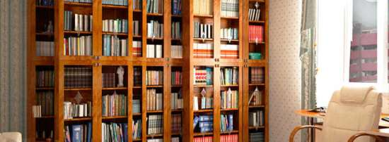 Выбираем шкафа для книг – какие варианты существуют