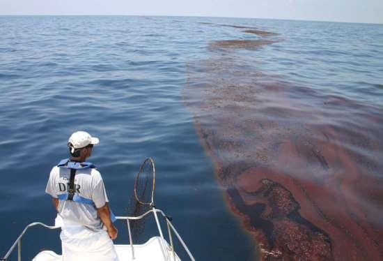 Важность ликвидации нефтяных разливов в море