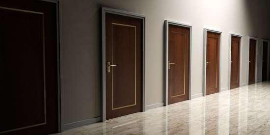 Износоустойчивые и презентабельные двери от «dverinashi.ru»