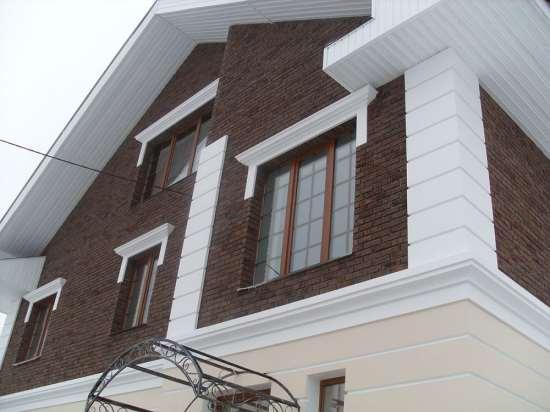 Продуманный и современный фасадный декор от компании «Декорстрой»