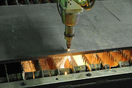 Лазерная резка металла — аккуратная и точная работа