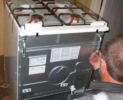 Подключение газовой плиты — проводим сами или ищем специалистов?