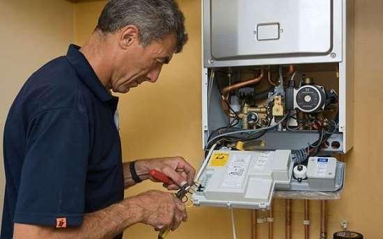 Возможен ли самостоятельный ремонт газового котла?