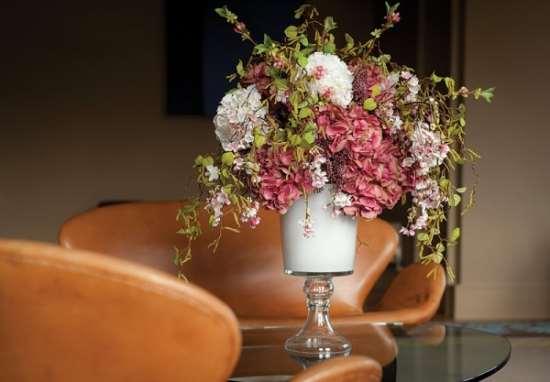 Разновидности искусственных цветов для дома