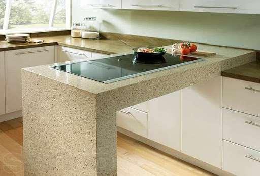 Жаростойкость и прочность кухонных столешниц из искусственного камня