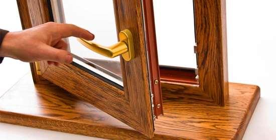 Деревянные окна из лиственницы – преимущества установки