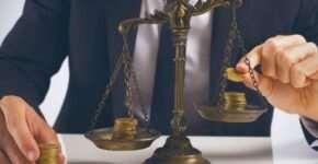 О важности услуг адвоката юридическим лицам