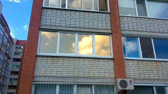 Защита от погоды – тонировка окон в квартире