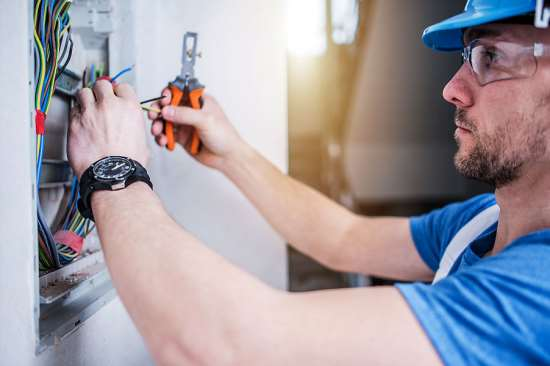 Услуги опытных и квалифицированных электриков