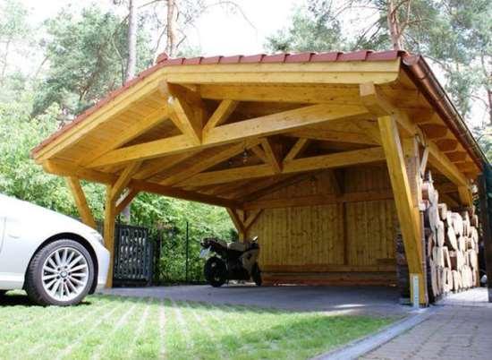 Строительство деревянного навеса для машины от компании АО ГРАД