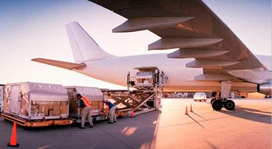 Услуги по авиаперевозкам грузов из США