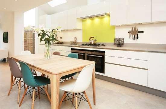 Какими должны быть стол и стулья на кухню?