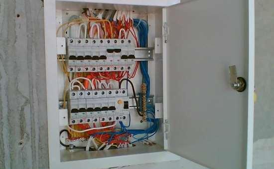 Монтаж электрического щита в квартире: услуги профессионалов