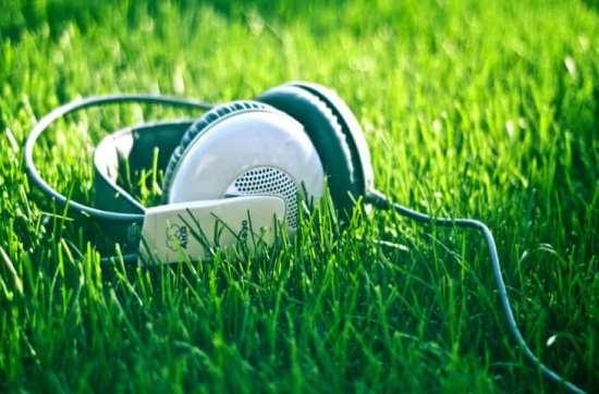 Доступная новейшая музыка разных жанров