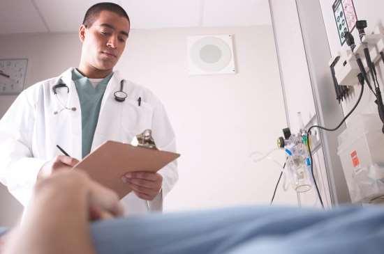Помощь специалистов наркологического центра