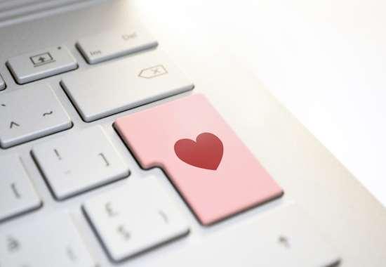 Чем хороши онлайн знакомства?