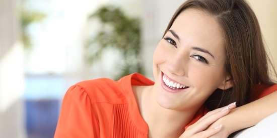 Услуги по отбеливанию зубов в Белгороде